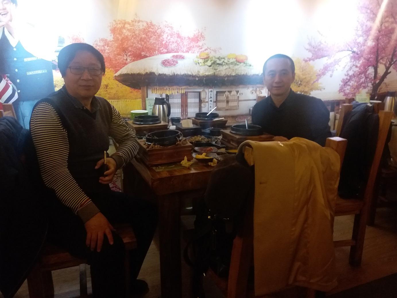 李大伟律师和政法大学导师张锋教授合影